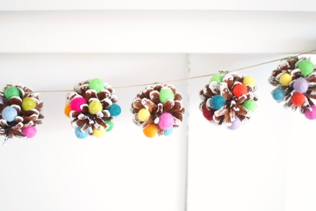 DIY Sugarplum Christmas Pinecone Garland.