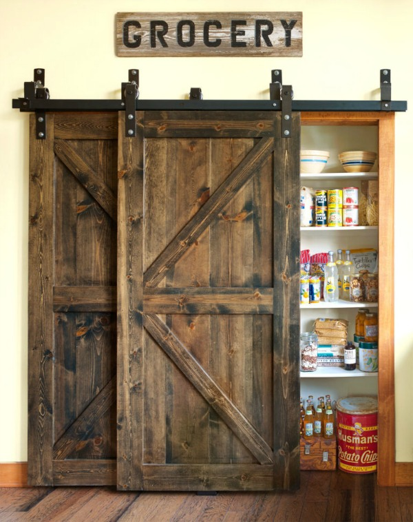 Rustic Barn Door for Pantry.
