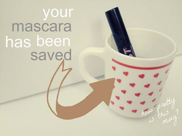 Rescue a Dried Out Mascara.