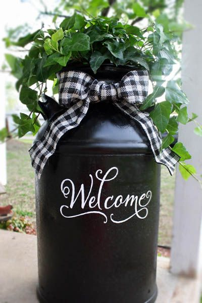 Use Old Milk Can to Decorate Your Front Porch.