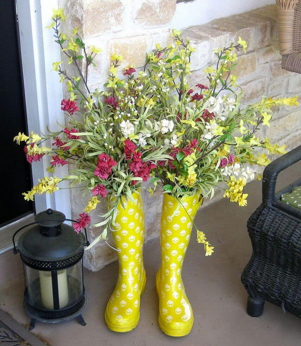 Cute Upcycled Rain Boot Planters.