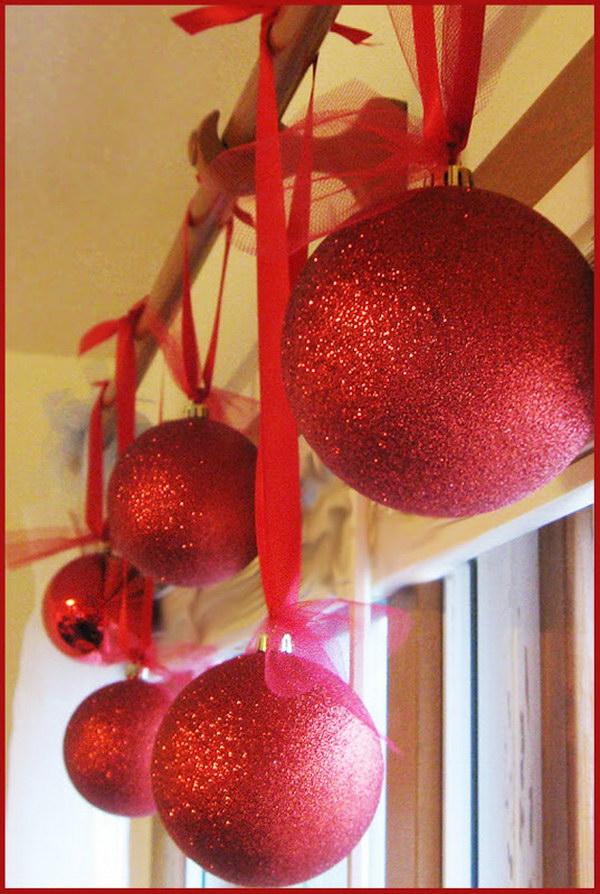 DIY Glittery Ornaments