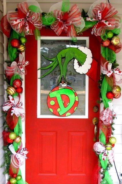 Grinch Front Door Decoration.