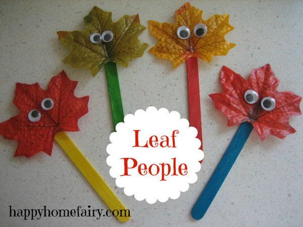 DIY Fall Leaf Puppets.