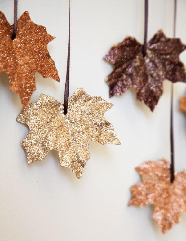 Glitter Leaves Garland.