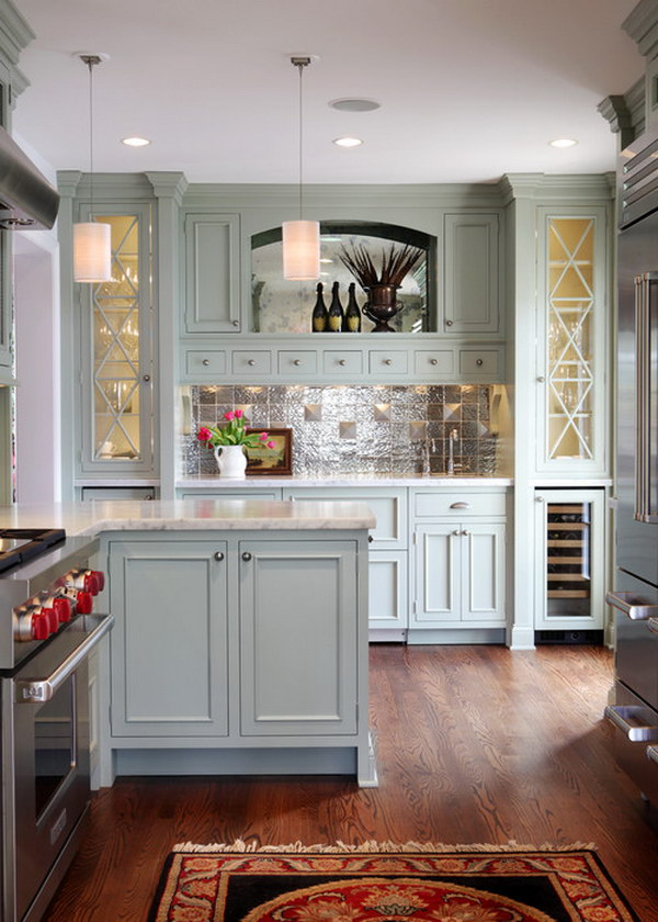 Gray-green Inspired Kitchen Cabines.