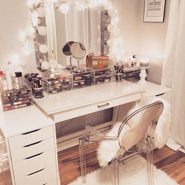 Makeup Vanity With Lights