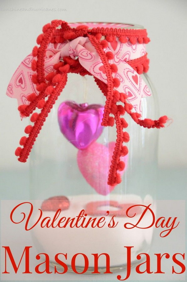 55 DIY Mason Jar Gift Ideas for Valentine\'s Day 2017