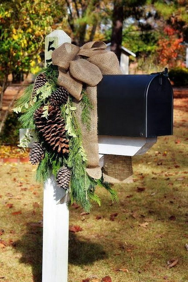 Christmas Mailbox Decoration with Pinecones