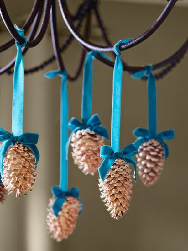 30 Easy DIY Projects To Decorate With Pinecones 2017