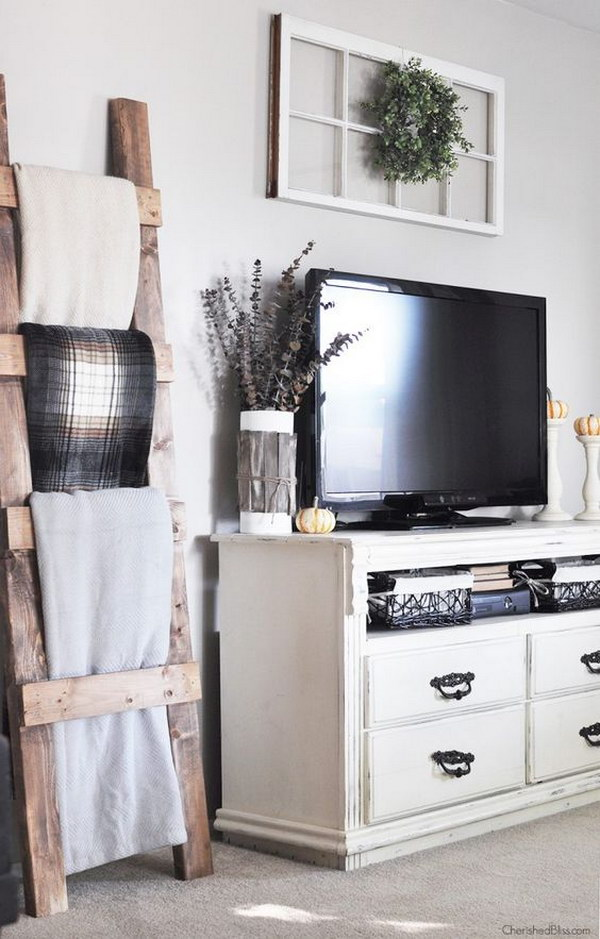 Wood Blanket Ladder for Living Room.