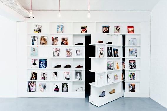 Secret Room behind Book Shelf