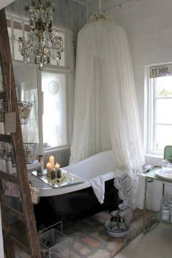 Romantic And Cozy Bathroom Decor