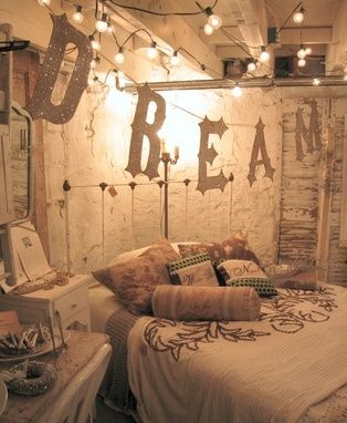 Shabby Chic Bedroom Decorated With Trinkets.