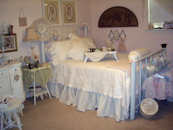 Shabby Chic White Cotton Bedroom.