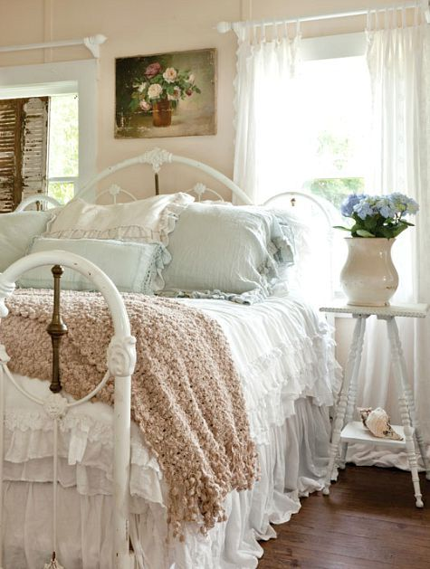 Romantic Blue Bedroom Ideas: 40 Shabby Chic Bedroom Ideas That Every Girl Will Love