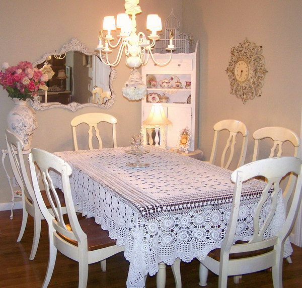 Chic Dining Room With White Chic Table Cloth.