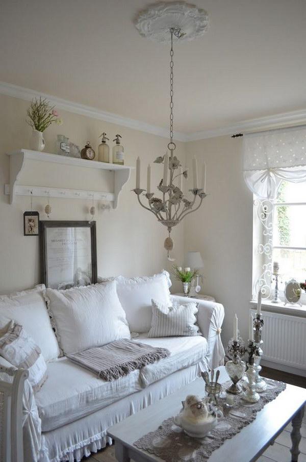 Shabby Chic Living Room Decor Idea.