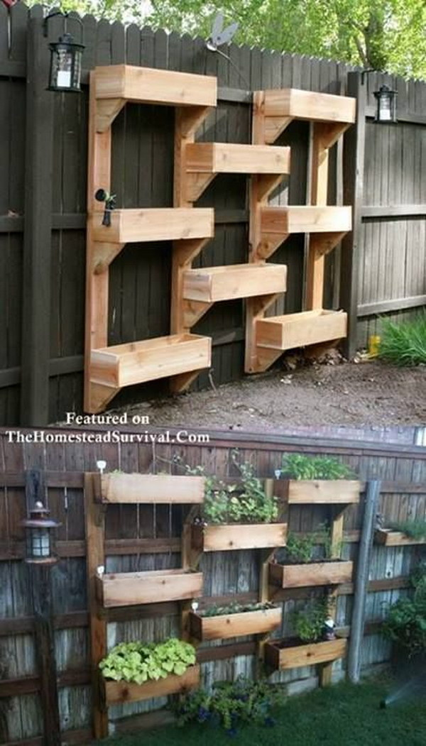 DIY Vertical Garden From Pallets