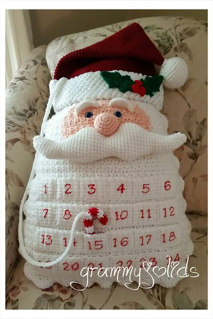 Crochet Santa Countdown Pillow.