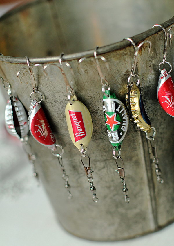 Bottle Cap Fishing Lures for Men. These handmade crafts are the perfect gifts for those men who love to fish or drink beer!