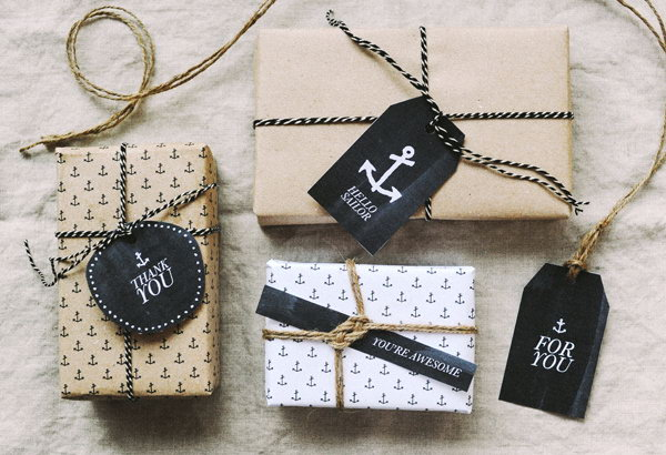 Nautical-Themed Gift Tags.