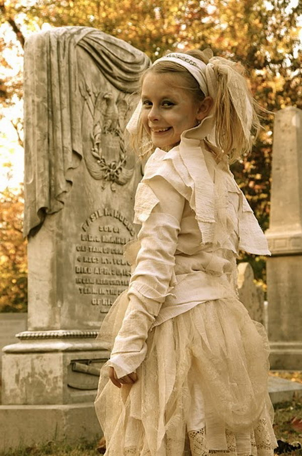 Mummy Princess Costume Tutorial