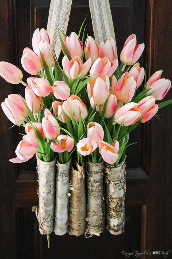 10 Minutes Project: DIY Tulip Wreath
