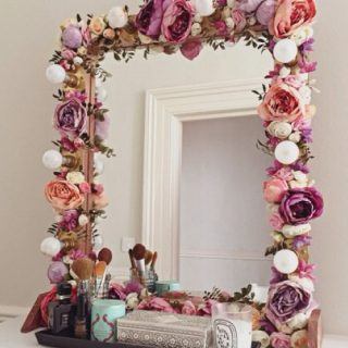 20 Awesome DIY Mirrors To Style Your Home
