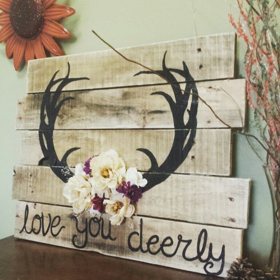 'Love you deerly' Wood Pallet Sign.